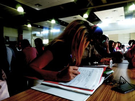 Late work frustrates students, teachers