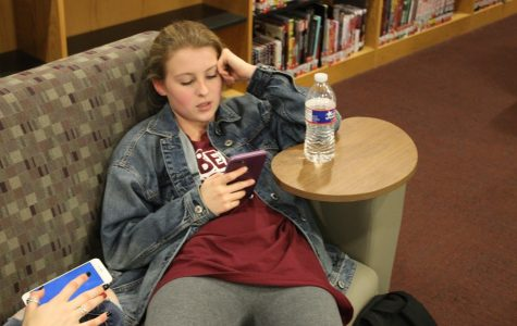 Students spend multiple hours on phone every day