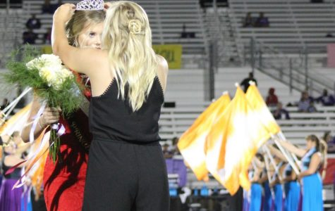 Homecoming parade, pep rally and football game amps up school spirit in Bastrop