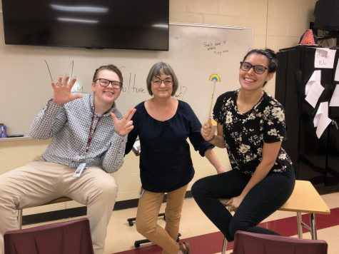 GSA Sponsors Grace Springs and Paula Rogish, and ASL Interpreter Ladonna Love spread positive vibes during a GSA meeting in Room 106.