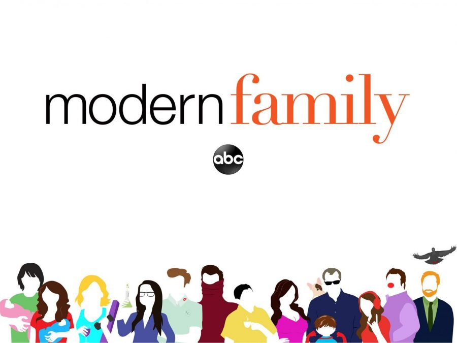 ABC%E2%80%99s+Modern+Family%E2%80%99s+eleventh+season+premiered+Sept.+25%2C+2019+to+much+anticipation.+The+show+has+been+on+air+for+ten+years%2C+and+most+fans+are+sad+to+see+it+go.%0A